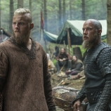 Alexander Ludwig as Bjorn, Travis Fimmel as Ragnar, Vikings