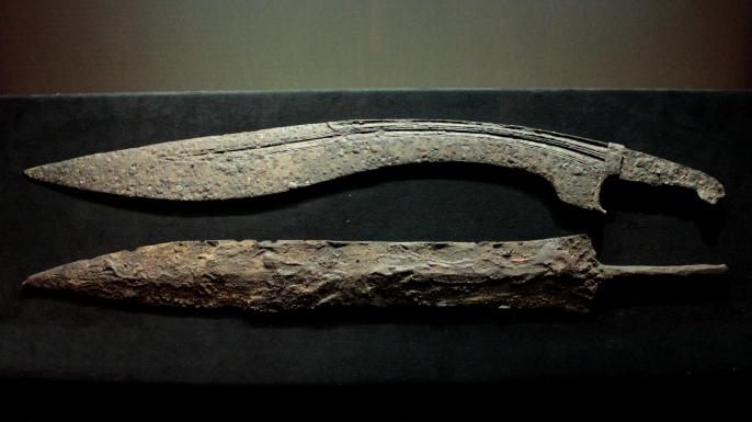 barbarians, falcata sword