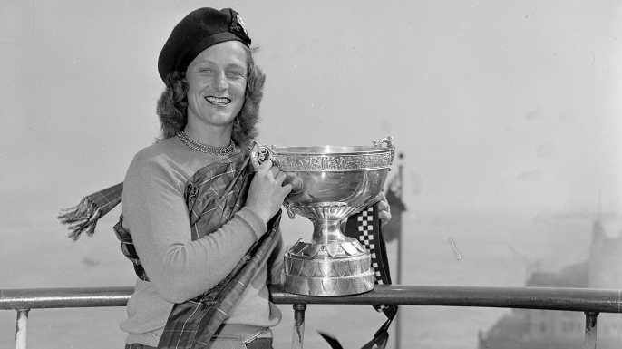 Babe Didrikson Zaharias with the Birtish Women's Amateur Championship Cup which left England for the first time.  (Credit: Walter Engels/NY Daily News Archive/Getty Images)