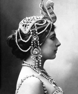 Mata Hari, c. 1910.