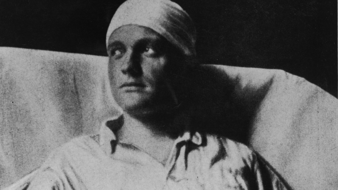 Manfred von Richthofen in the hospital, c. 1916.