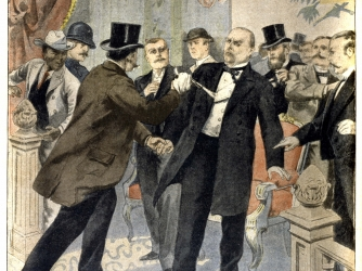 Assassination of president William McKinley. (Credit: Roger Viollet Collection / Getty Images)