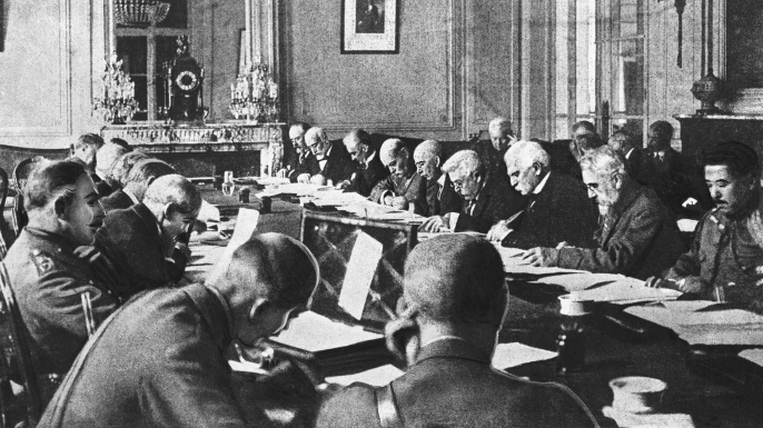 Government Officials Drafting the Terms of the Treaty of Versailles. (Credit: Bettmann/Getty Images)
