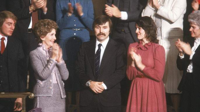 First lady Nancy Reagan applauds as Lenny Skutnik is congratulated during President Ronald Reagan's 1982 State of the Union Address. (Credit: Dirck Halstead/The LIFE Images Collection/Getty Images)