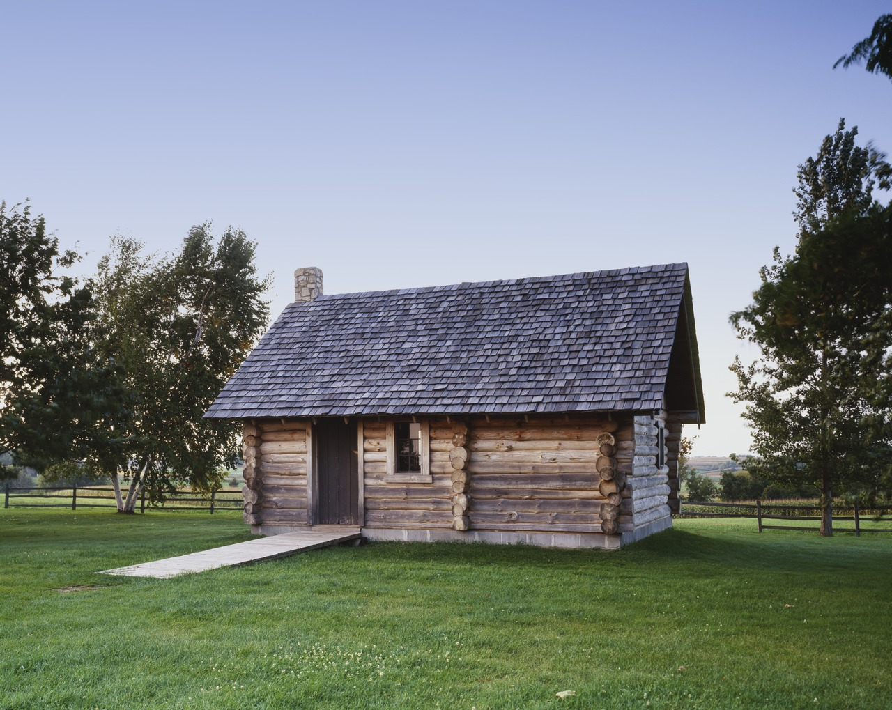 Little libertarians on the prairie the hidden politics for Building a little house
