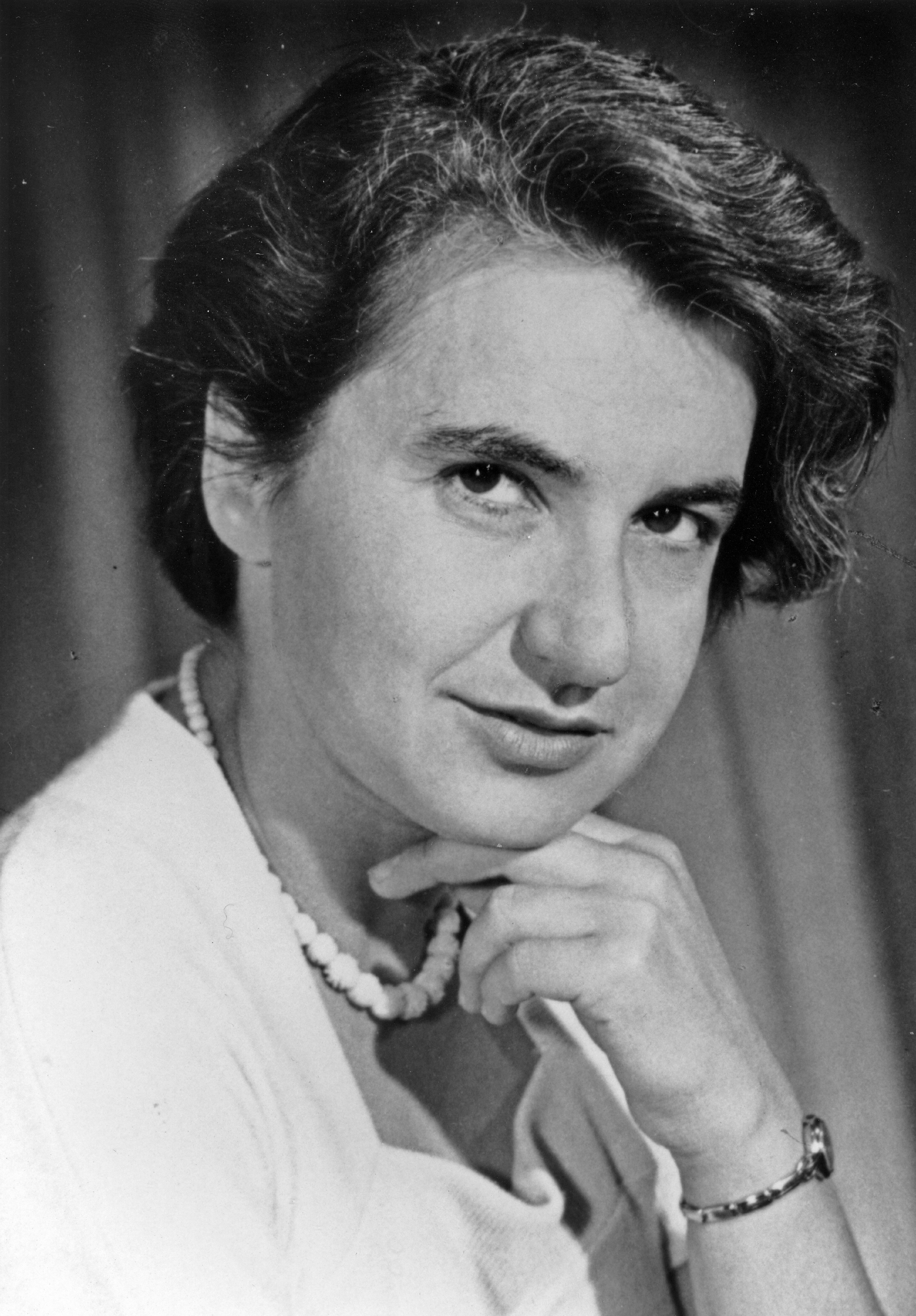chemistry rosalind franklin Rosalind franklin died on april 16th, 1958 at the tender age of 37, but packed at least two lifetime's worth of high-quality science into her career  in her absence, the prize for chemistry.