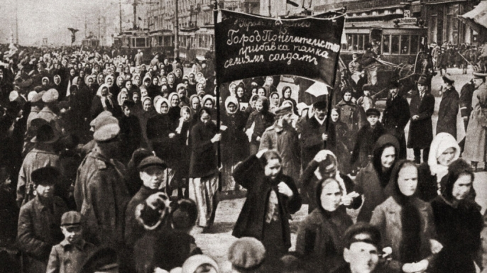 International Women's Day demonstration in St. Petersburg, Russia in 1917. (Credit: Fototeca Gilardi/Getty Images)