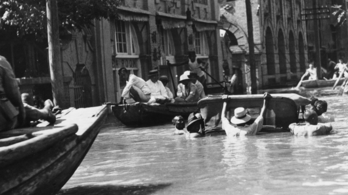 Severe flooding in Hankou, China in September of 1931. (Credit: Topical Press Agency/Hulton Archive/Getty Images)