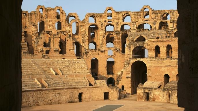 El Djem, Römisches Kolloseum, größtes röm. Bauwerk in Afrika. (Credit: David Santiago Garcia/Getty Images)