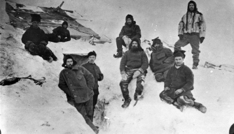 The expedition members pictured just before spending the first winter on the Antarctic continent, 1899. (Credit: Antarctic Heritage Trust)