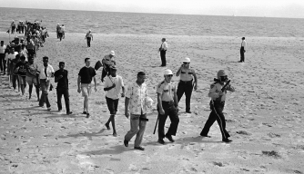 How Civil Rights Wade-Ins Desegregated Southern Beaches