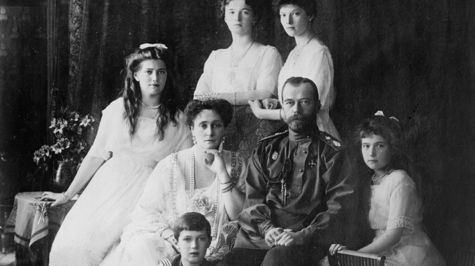 how did the tsar survive the How did the tsar survive the 1905 revolution describe the 1905 revolution and its aftermath, and attempts at reform at the beginning of 1900, many.