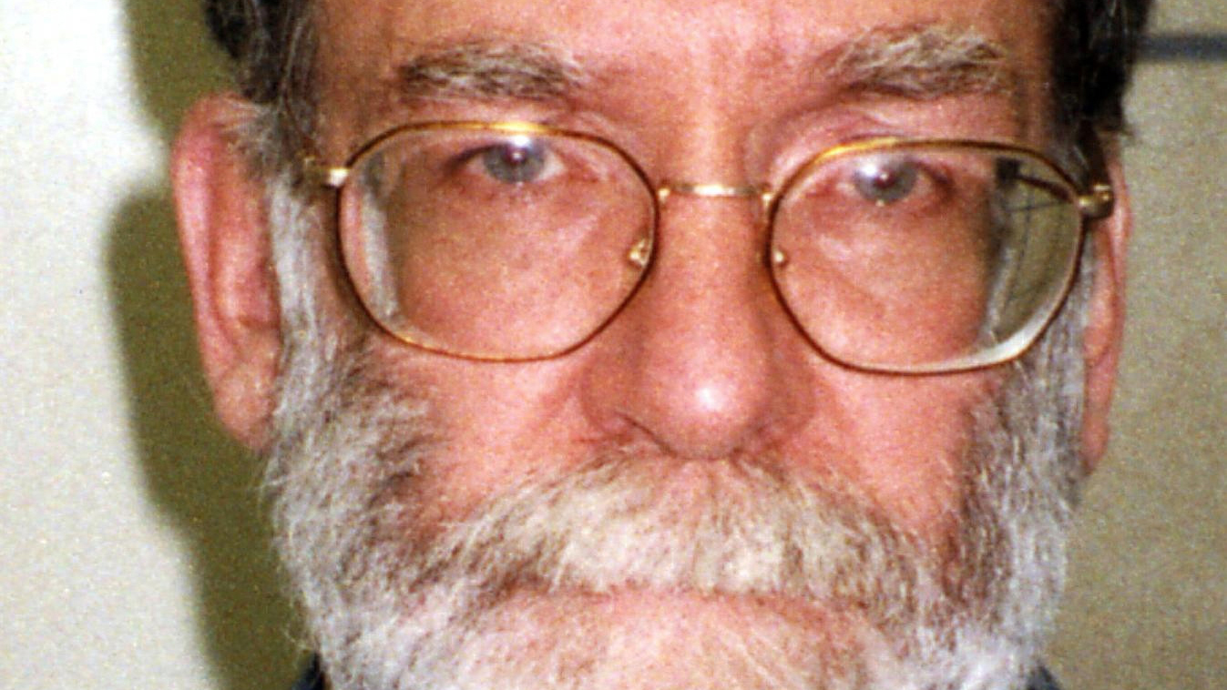 Dr Harold Shipman Nicknamed Death After His Horrific Killing Spree