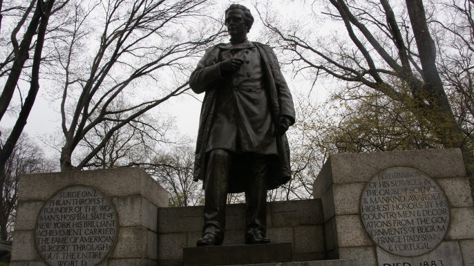 Statue of J. Marion Sims in New York City. (Credit: Romana Klee/Flickr Creative Commons/CC BY-SA 2.0)