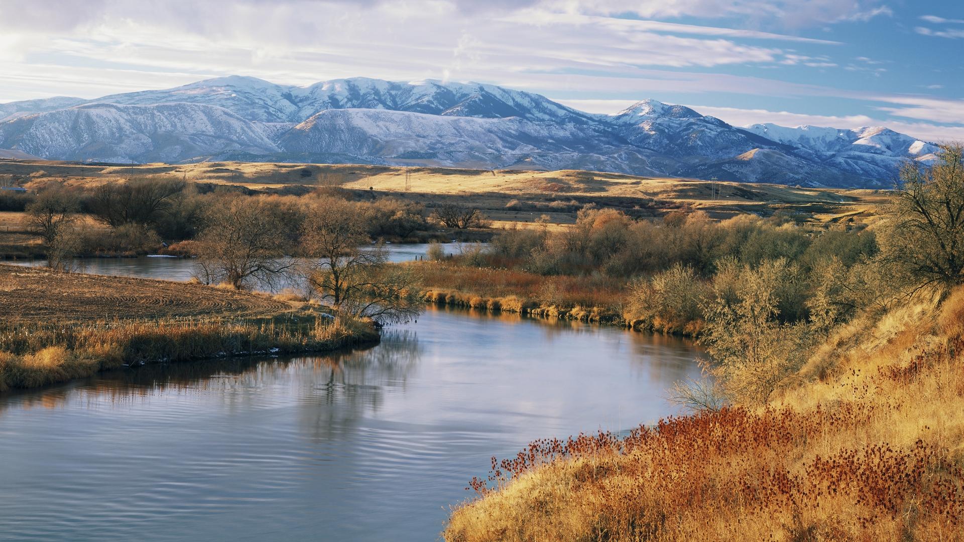 Bear River with Bannock Range in distance near Preston, Idaho. (Credit: Scott Smith/Getty Images)