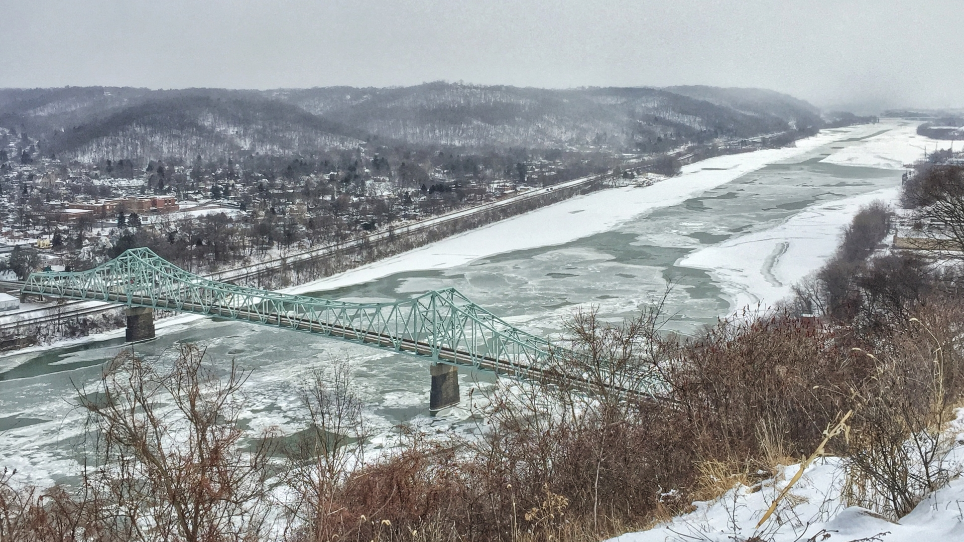 Ohio River in winter. (Credit: S4M/Getty Images)