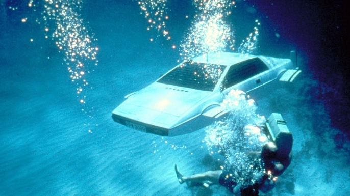 The car in The Spy Who Loved Me being filmed underwater. (Credit: AF Archive/Alamy Stock Photo)
