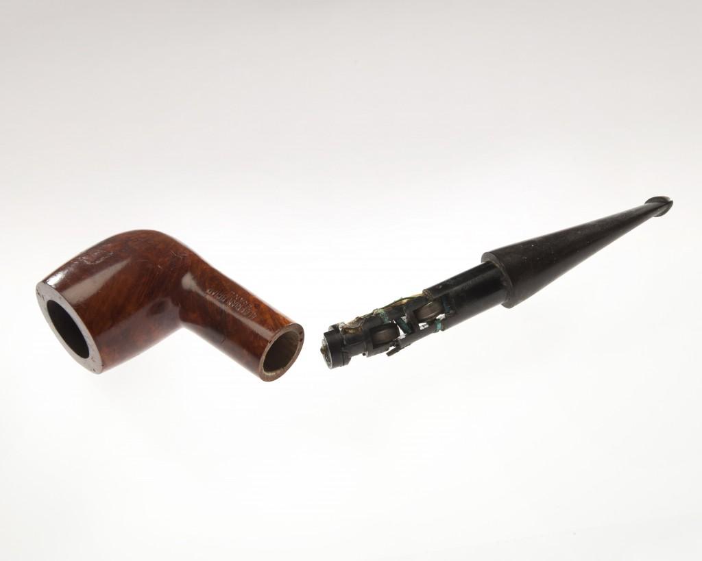 2_pipe_concealed radio