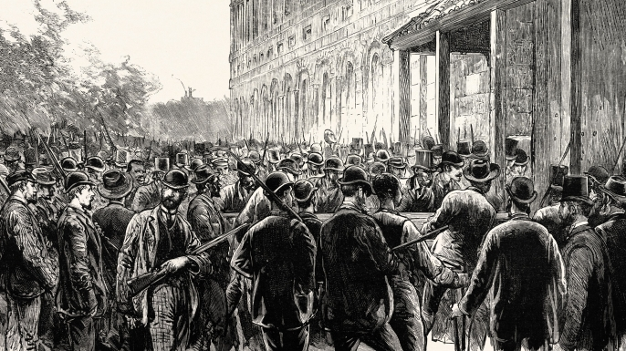 The lynchers breaking into the New Orleans prison, 1891. (Credit: Universal History Archive/UIG via Getty Images)