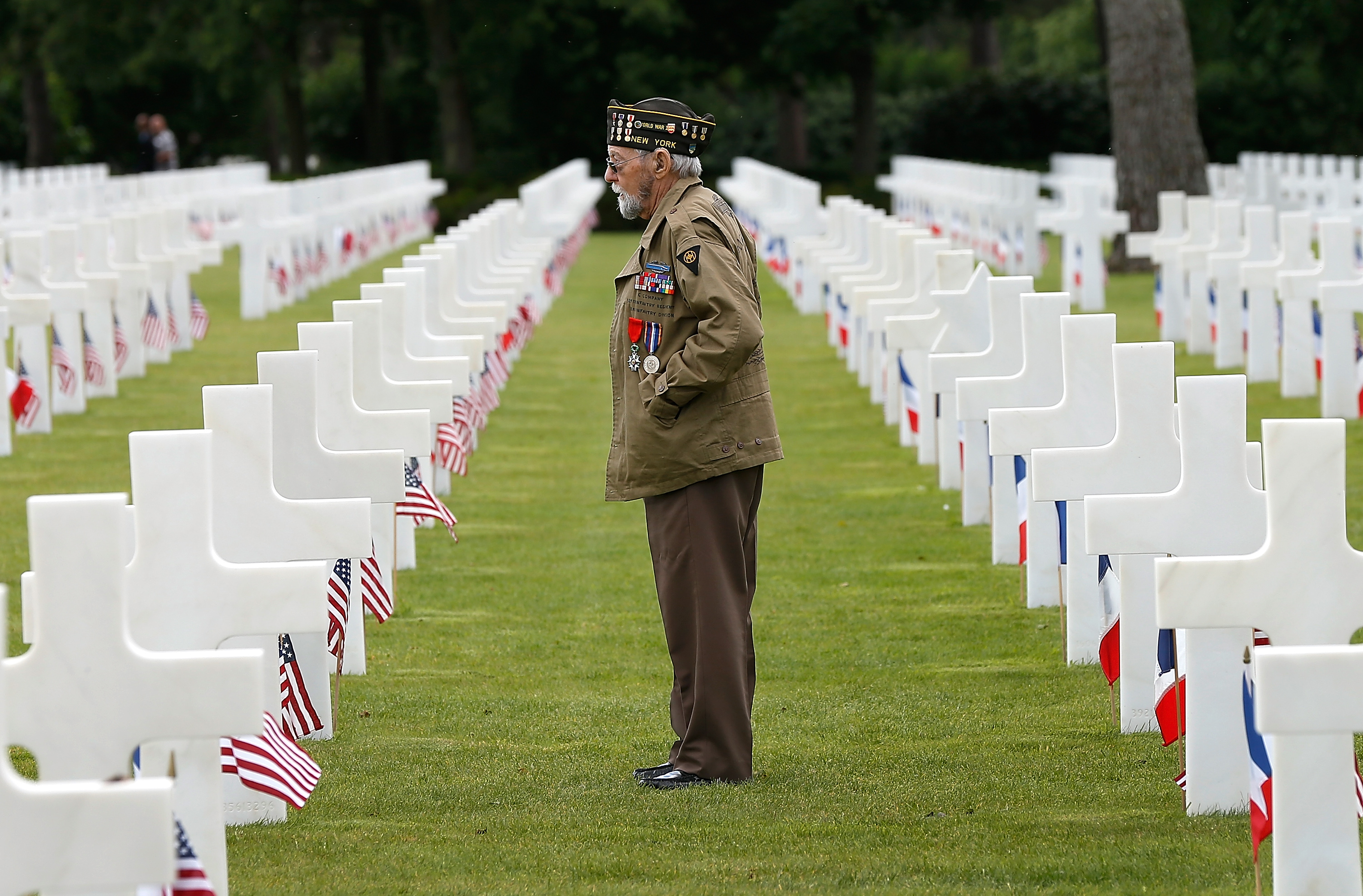an analysis of america at d day of remembrance at the end of world war two On this 73rd anniversary of the june 6, 1944, d-day invasion of france during world war ii, timothy kalil, of ashtabula, remembers the stories his late uncle, army sgt michael paulchel, told about that battle and the war.
