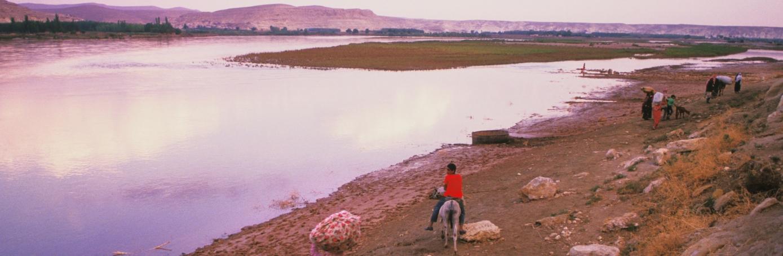 Euphrates River at Qalat Nejm. (Credit: Nik Wheeler/Alamy Stock Photo)