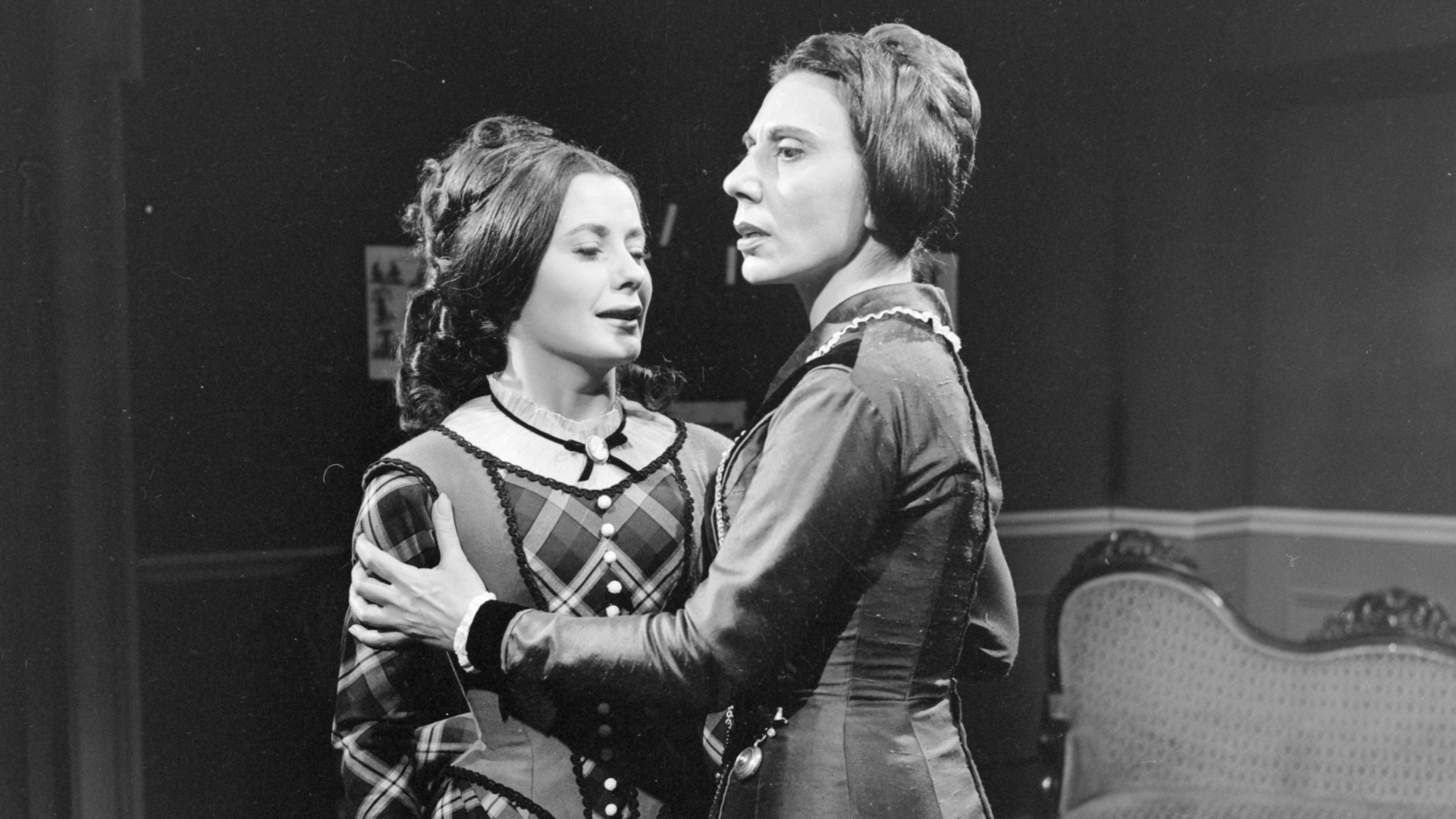 """Michèle André and Alice Sapritch in """"The Bostonians"""", the drama adapted by Jean-Louis Curtis from Henry James's novel. (Credit: Bernard Pascucci/INA via Getty Images)"""