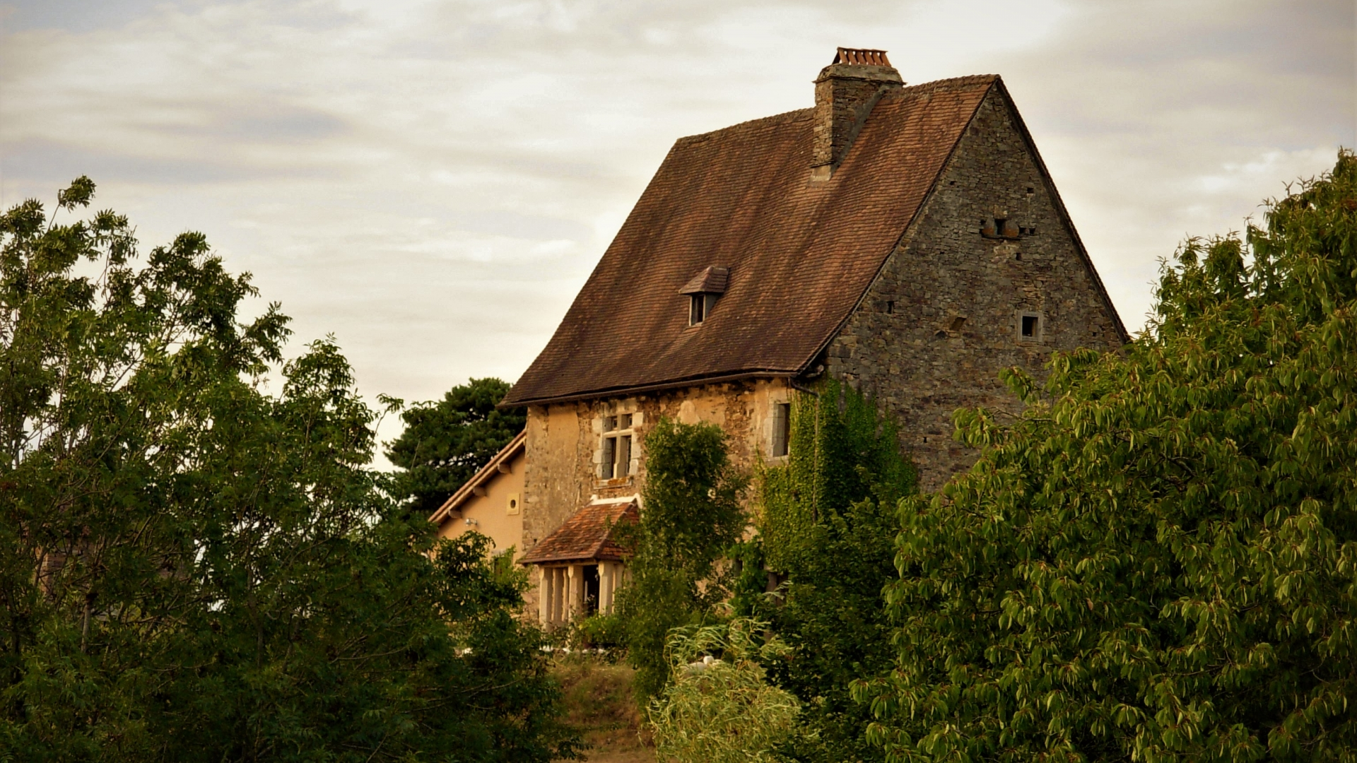 Knights Templar Commanderie in St. Paul La Roche, Dordogne, Aquitaine. ASKING PRICE: €392,200 ($464,850). TEMPLAR CONNECTION: Built during the 12th century, this was once part of one of the most important Knights Templar commanderies in the Périgord. SELLING POINTS NOW: Front guard room features original exposed wooden beams, a 12th-century monumental stone fireplace and floor made of riverbed stones; pigeon loft in one of the three bedrooms.  (Photo courtesy of Leggett Immobilier)