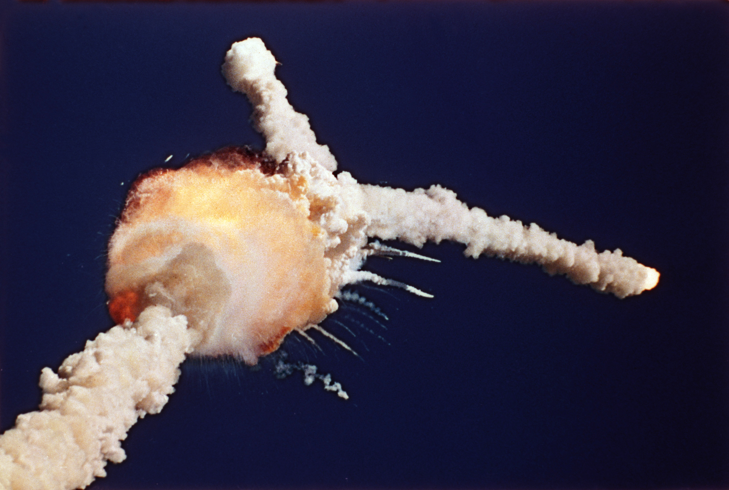 group decision fiascos continue space shuttle challenger and a revised groupthink framework