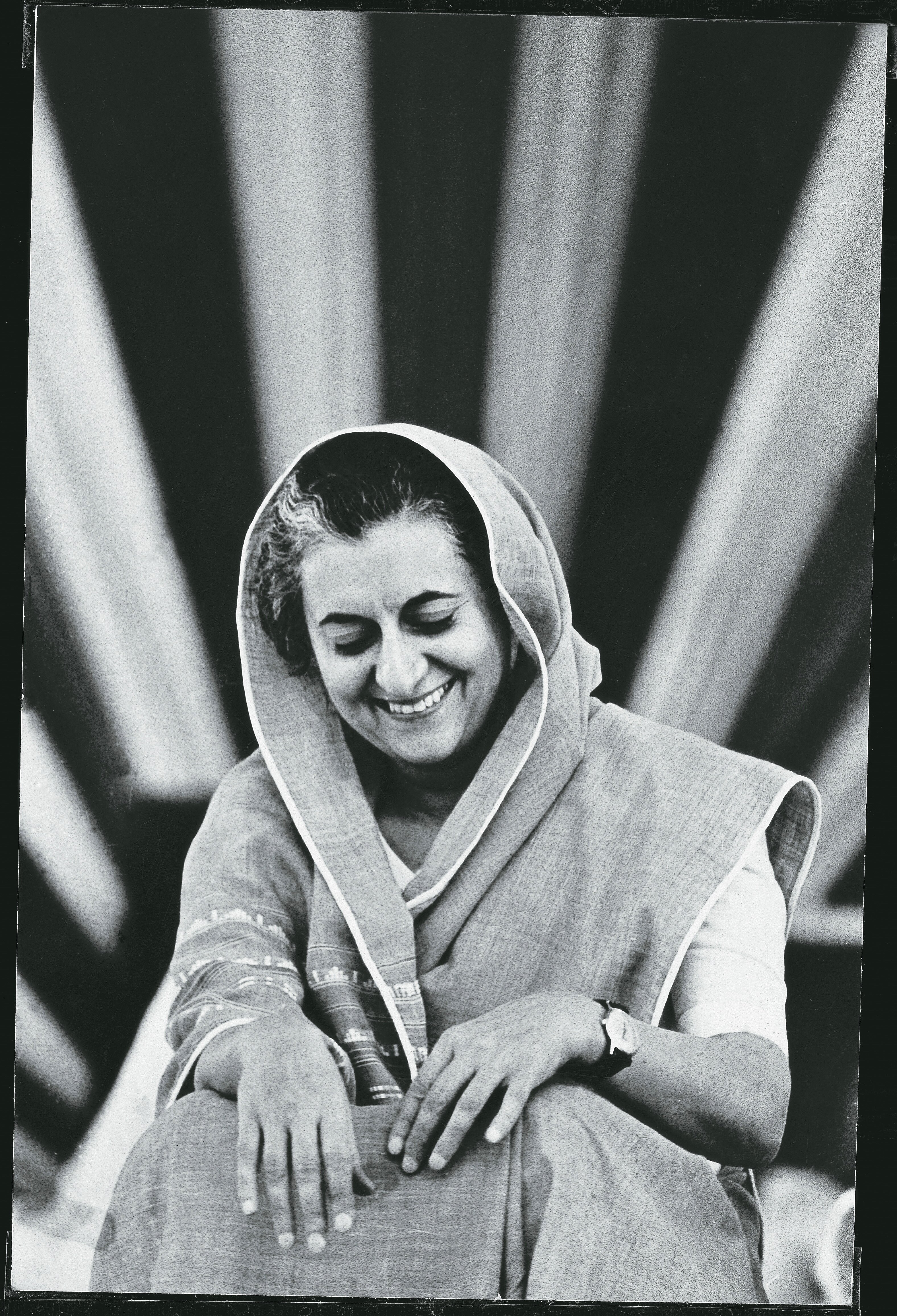 indra gandhi Indira gandhi biography - know who is indira gandhi, she was the 3rd prime  minister of india and a leading representative of the indian.