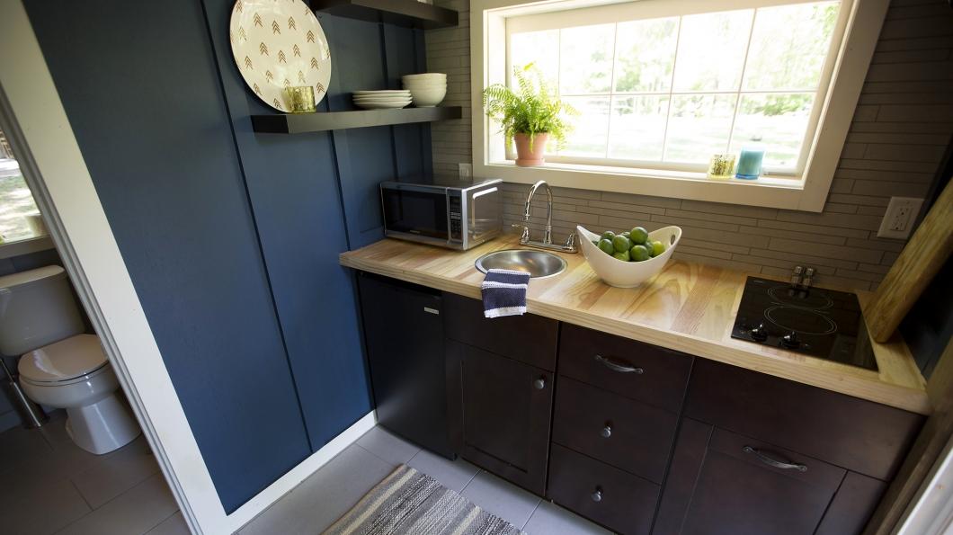 tiny house kitchen - Tiny House Kitchen