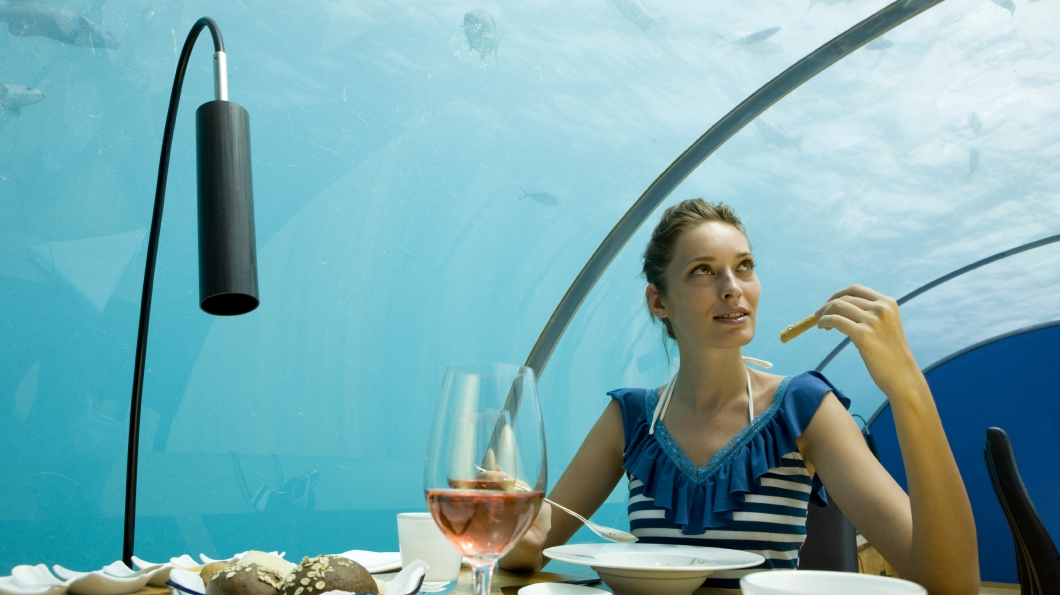 underwater restaurant worlds weirdest restaurants - Underwater World Restaurant