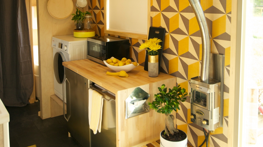 wonderful Off The Grid Kitchen Appliances #5: Living tiny doesnu0027t mean you have to live off the grid, you can