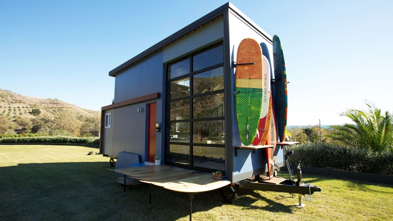 Transparent AND Insulated Roll Up Door TinyHouses