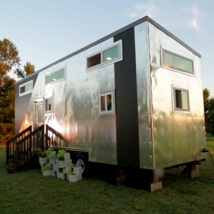 Tiny House Tour: Aviation House