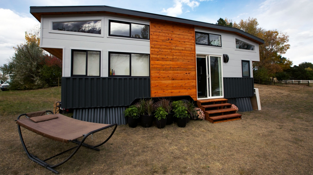 thnpokernighthouse  poker house pictures  tiny house nation, tiny house nation schedule
