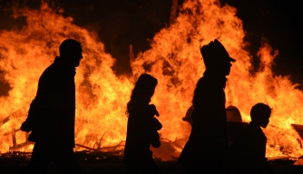 Halloween around the world, halloween bonfire