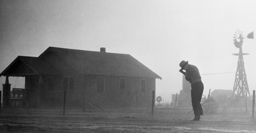 a history of the dust bowl area Dust bowl in the latter half of the 1930s the southern plains were devastated by drought, wind erosion, and great dust storms in the latter half of the 1930s the southern plains were devastated by drought, wind erosion, and great dust storms.