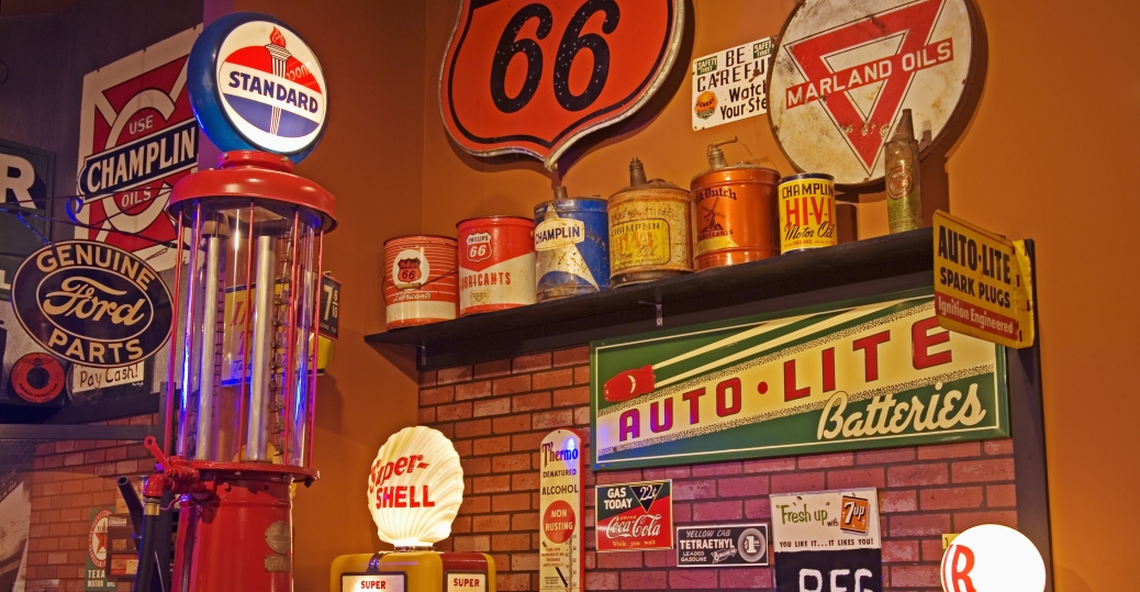 highway, route 66, museum, clinton, oklahoma, the world's largest curio cabinet