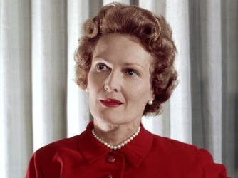 Pat Nixon - First Ladies - HISTORY.com