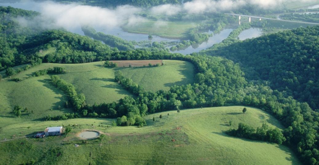 farmland, kentucky, bluegrass region, north central kentucky, fields