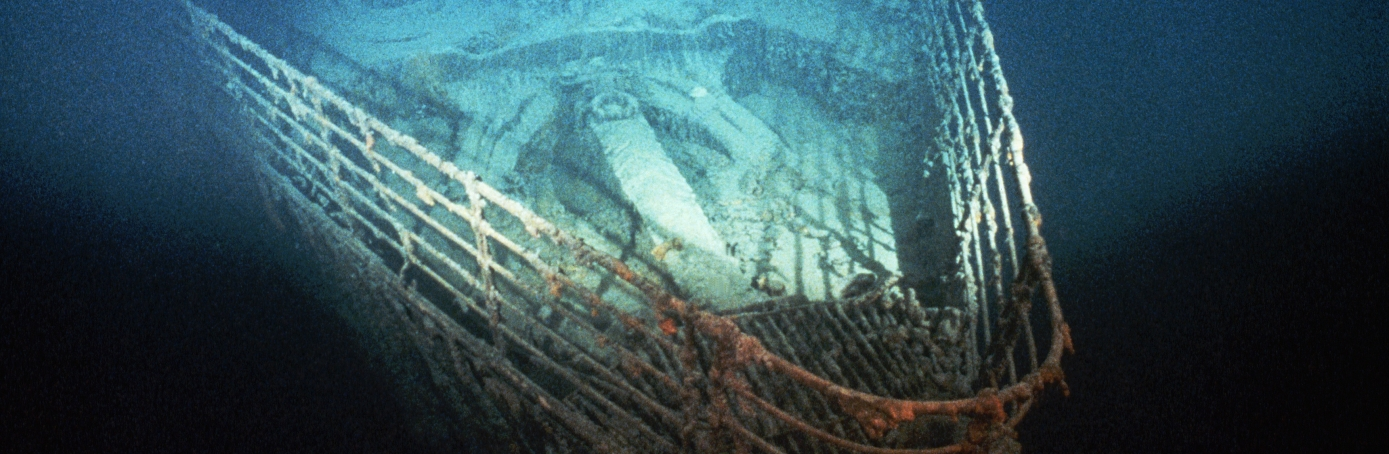 Titanic sinking and survivors historycom for How many floors did the titanic have
