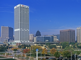 milwaukee, largest city, wisconsin, lake michigan, milwaukee county