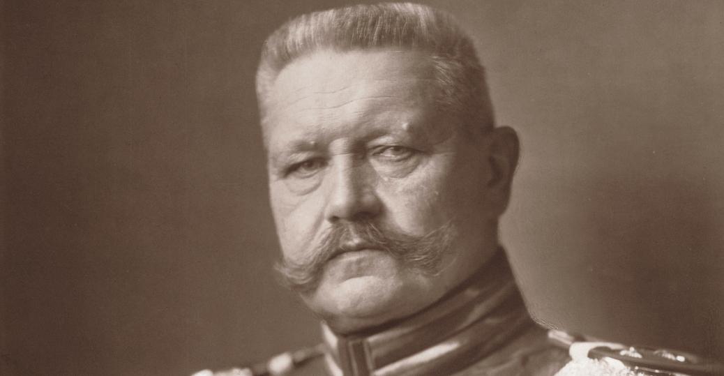 Paul Von Hindenburg, world war I, erich von ludendorff, german president, adolf hitler, 1933