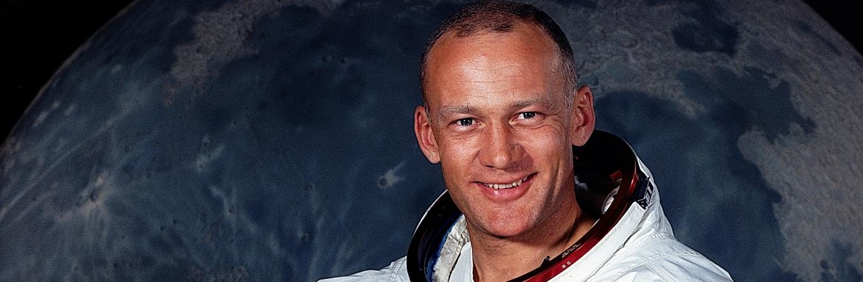 Buzz Aldrin - Facts & Summary - HISTORY.com