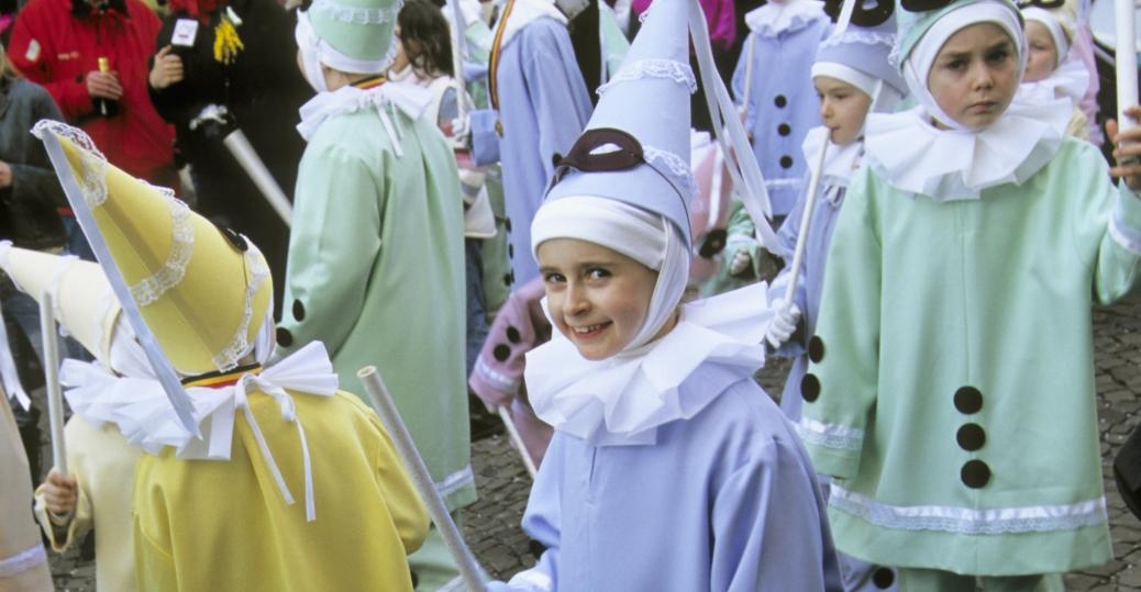 mardi gras, new orleans, louisiana, children, costumes