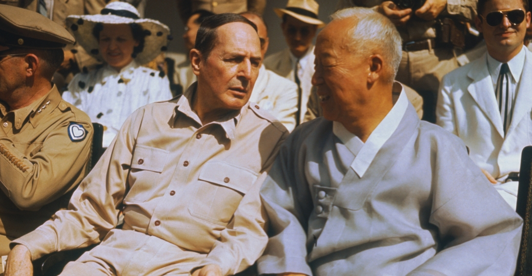 general douglas macarthur, korean war, president harry s. truman, american leaders, the cold war, syngman rhee