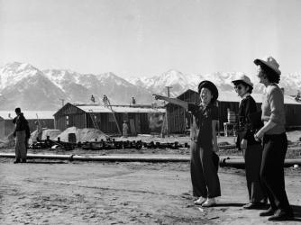 japanese internment camp, roosevelt, franklin d roosevelt, fdr, war