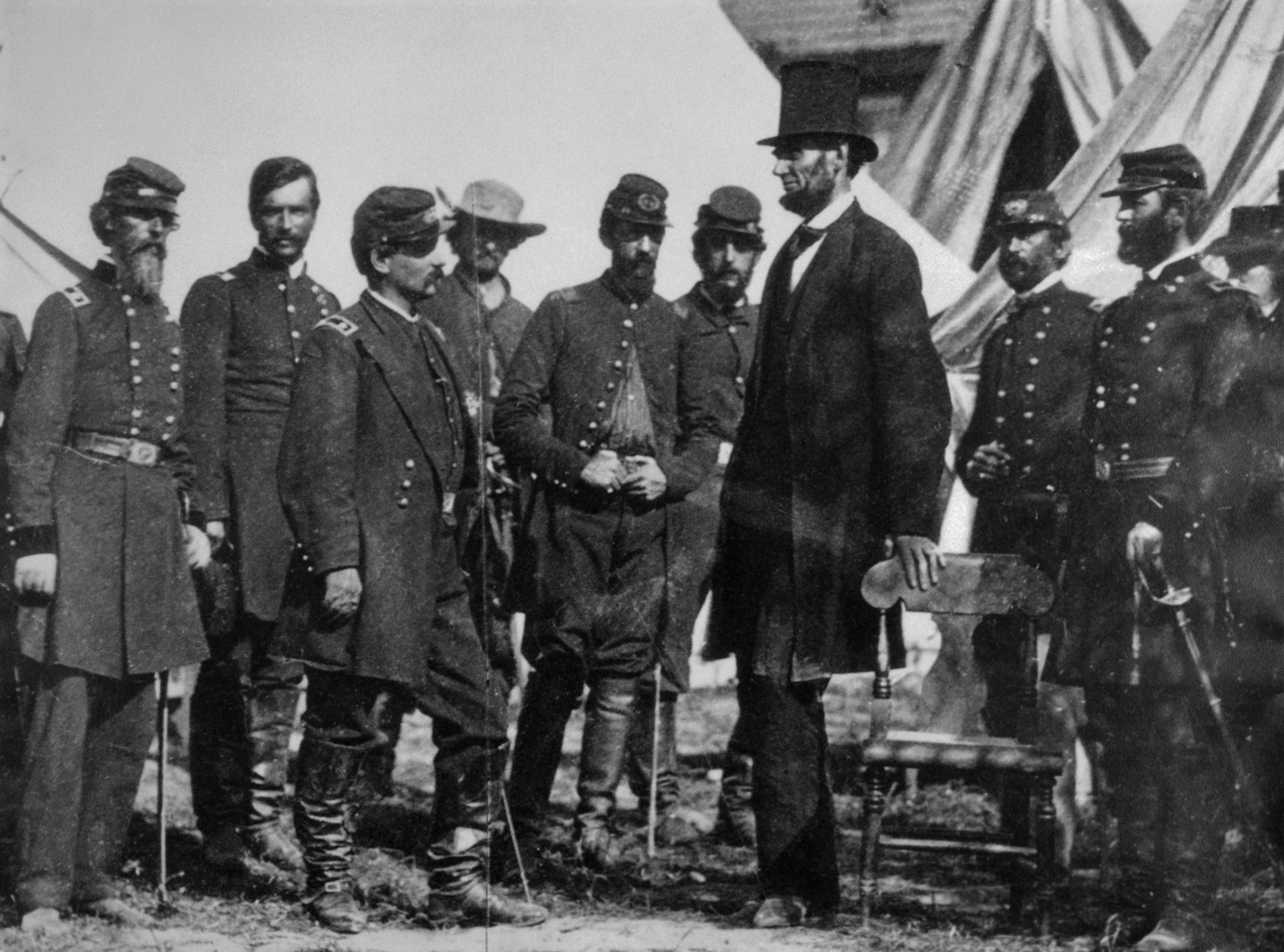 the important role of women in the north and south during the civil war Difference between the north and the south during the civil war • categorized under geography,miscellaneous | difference between the north and the south during the civil war.