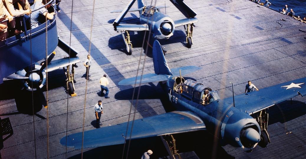 navy helldiver planes, aircraft carrier, world war II, world war II aircraft
