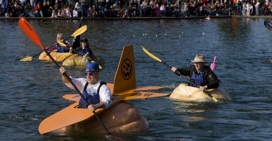 west coast giant pumpkin regatta, tualatin commons, pumpkins, kayaks, halloween, pumpkin kayaking
